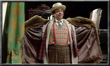 Der siebte Doctor mit seinem neuen Outfit