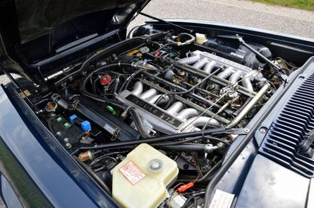 Moteur Jaguar V12 5.3