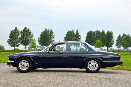 Daimler Double Six, série 3
