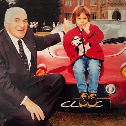 Romano Artioli et sa petite fille Elisa