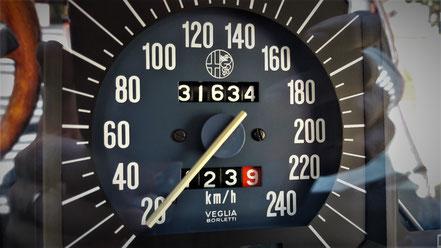 Compteur Alfetta 2000 GTV