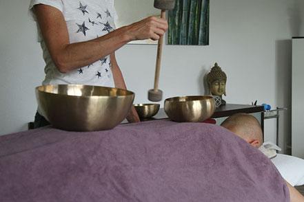 Klangmassage, sasana Massage- & Klangpraxis in Muhen, Aargau