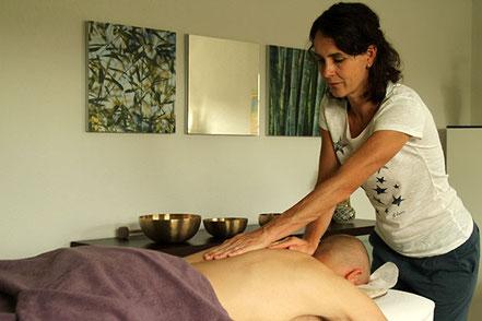 Massage, sasana Massage- & Klangpraxis in Muhen, Aargau