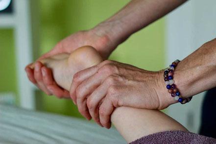 Kindermassage, sasana Massage- & Klangpraxis in Muhen, Aargau