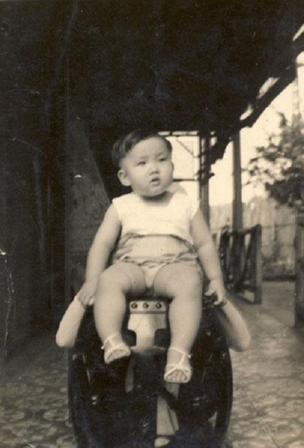 DINH TRONG HIÊU né L'ANNEE DU BUFFLE DE FEU 1937 à HONGAY