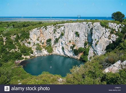 gouffre oeil dous Saint-Pierre La Mer, mysterieux, visite narbonne, aude, découverte nature avec rc vtc narbonne