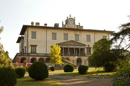 Better Than TV, or The Family Dinner Show Medici-Style: Natura Morta Comes to Life at Poggio a Caiano (Florence, Italy)