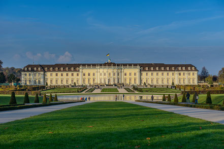 Blühendes Barock Schloss Ludwigsburg