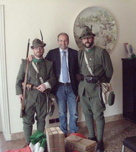 Paolo Zapolla e Luca Biasato con il Sindaco Ivan De Beni
