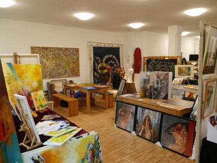 Kunstmarkt im Cafe Christo in Kladow mit Georg Grell (rechts)