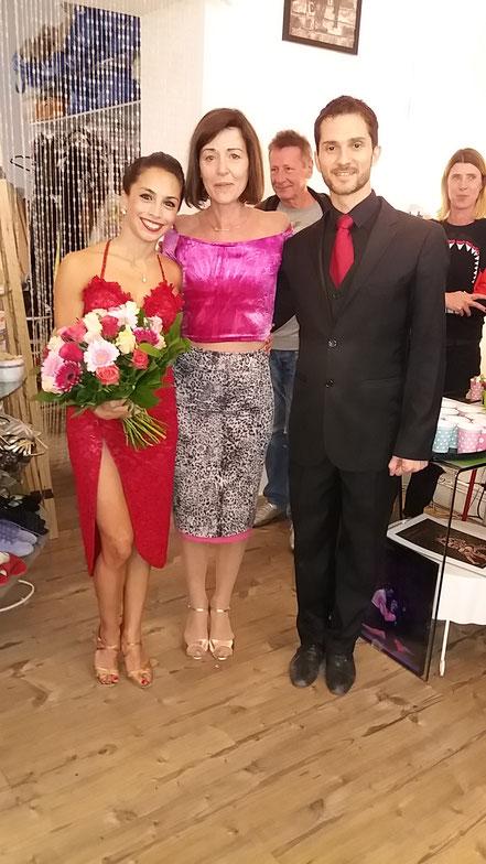 Maria Schwarz (Chefin mitte) vom Te Quiero Nutz mit Juliana Aparicio & Santiago Hernandez