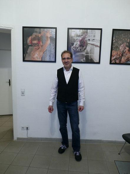 Georg Grell mit der bearbeiteten Fotografie