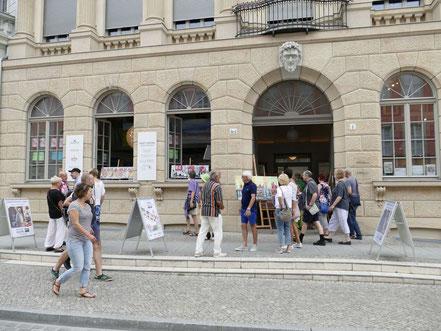 Kick off Galerie neben dem Barberini Museum