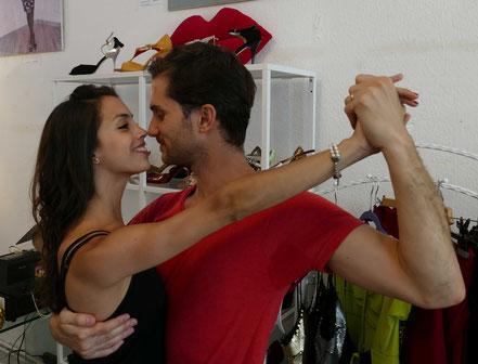 Juliana Aparicio & Santiago Hernandez, Tango Argentinio