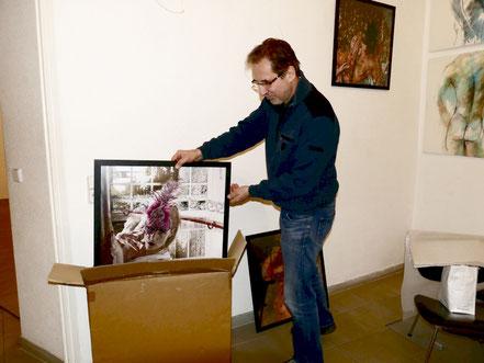 Abbau der Ausstellung, Georg Grell