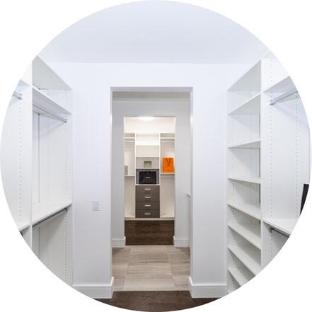 Reparatur von Möbel und Einrichtung, Küchenaufbau, Abbau der Küche oder Küchenzeile, bzw. Reparatur der alten Küche, Möbelaufbau und Abbau der alten Möbel - Fertigmöbel reparieren bzw. aufbauen und abbauen.