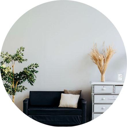 Küchenmontage, Küchen aufbauen, Arbeitsplatte zuschneiden und einbauen, Elektrogeräte und Küchengeräte einbauen, Fertigmöbel aufbauen und reparieren, Einrichtung planen, Hochbett planen und zusammenbauen.