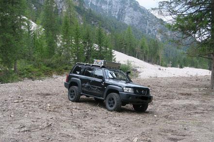 Großer schwarzer Wagen, Dolomiten