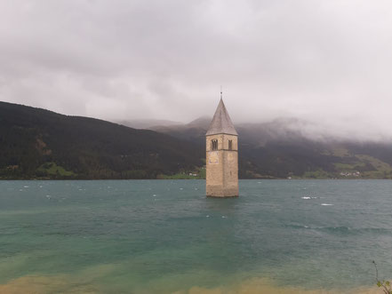 Kirche im Reschensee