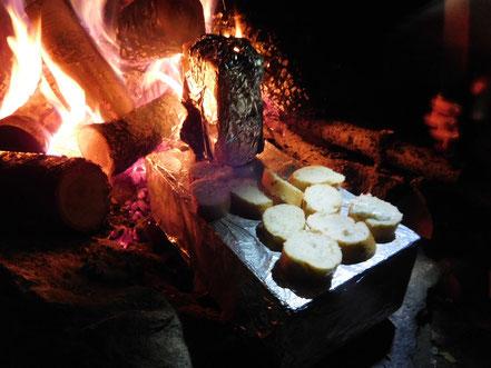 lecker Essen am Feuer