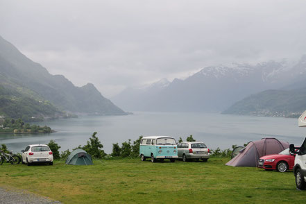 Lofthus Camping bei bescheidenem Wetter