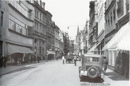 um 1930 - Blick stadteinwärts, links Hettlage