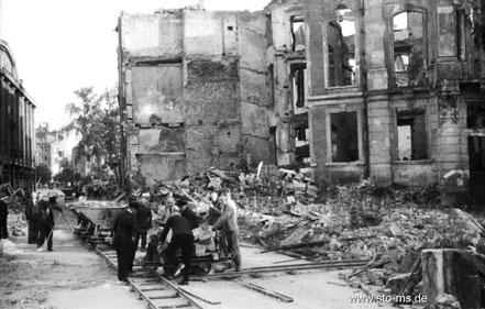 Herbst 1945 Erbdorstenhof - ULB Münster