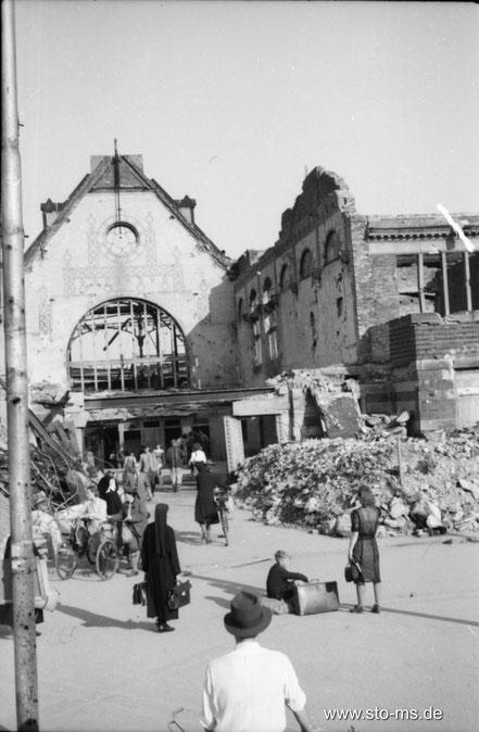 Herbst 1945 Bahnhof Haupteingang - ULB Münster