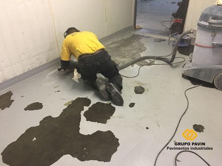 Pavimentos de resinas detalle preparación del soporte existente