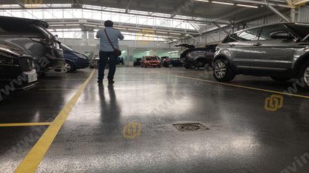 Suelos de resina para pavimentos industriales en el sector de la automoción para zona de cabinas de pintado
