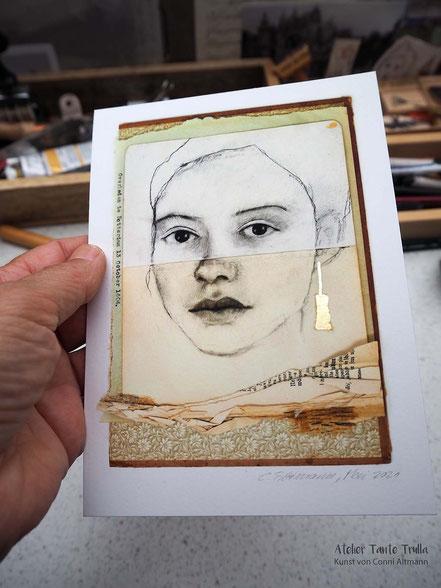 Kohlezeichnung Gesicht auf vintage Buchdeckel