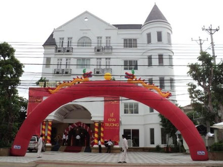 "Ha Tinh ""White Palace Hotel"""