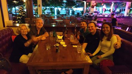 Elke, Peter, Markus, Florian, Tong im Story Club