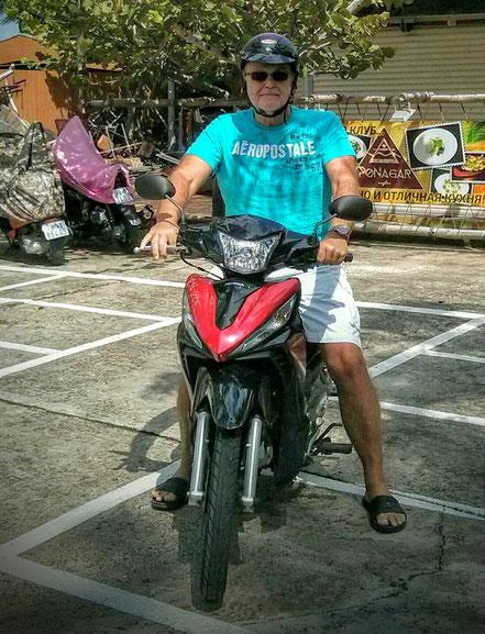 Peter mit Honda Motorbike