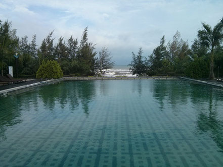 Sa Huynh Resort Pool und Strand