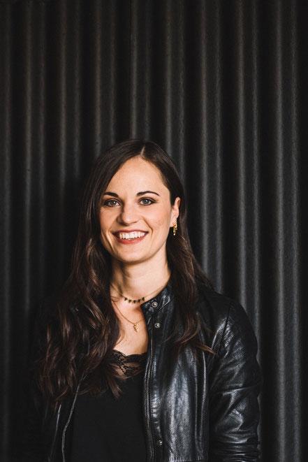 Friederike Kastl, die Gründerin und das Gesicht des kleinen Schmuck-Labels Majuki