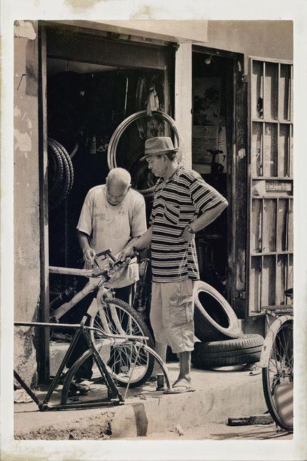 Mauritius bike repair