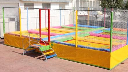 Trampolinanlagen kaufen gewerbliche Trampoline Trampolin bestellen Mehrfach-Trampolinanlagen automatische Trampolin-anlagen Vergnügungspark Trampolinpark