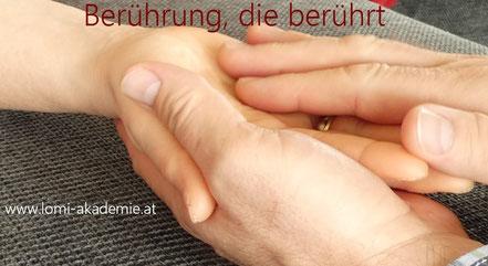 Selbsterfahrung, Massageworkshop, Massagekurs, Lomi Kurs, Berührung, achtsame Berührung