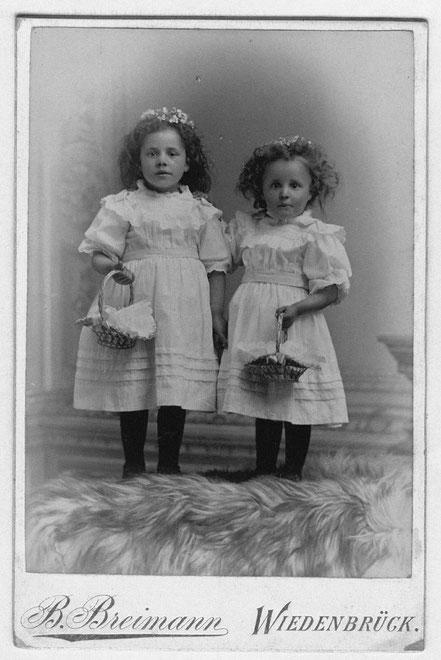 1901   Elsa Pietig, Gertrud Pietig