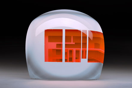 Gate II. | cut, ground, laminated, hand polished glass | 30 x 30 x 23 cm | 2016 | ●