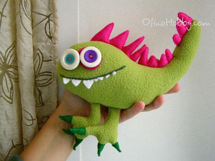 мягкая игрушка монстр из флиса и фетра, флисовый монстрик, monster toy