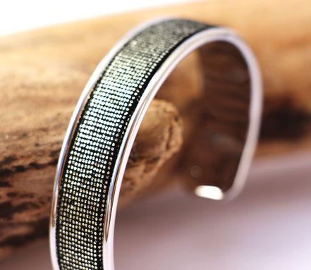 bracelet jonc, bracelet cuir, cuir et argent, noir et argenté, bracelet à paillettes, bracelet de créateur, cadeau noël