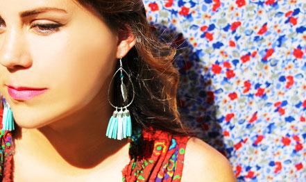 sarayana, création bijoux, bijoux cuir, créateur bijoux, boucles d'oreille cuir, boucles d'oreille pompon, boucles d'oreille argent, bijoux bohème, ethnique, gipsy, boucles d'oreille mint argent