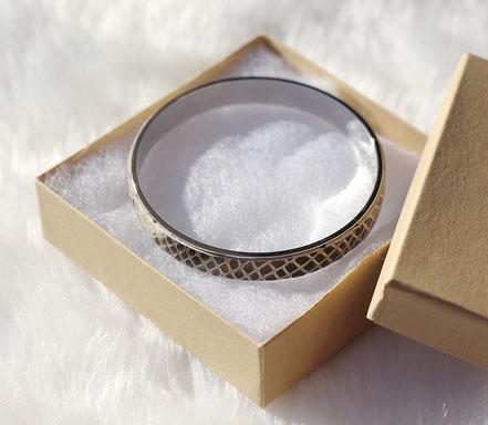 bracelet cuir peau de serpent, bracelet manchette cuir, bracelet beige, bracelet jonc bracelet rigide plaqué argent, bijoux été