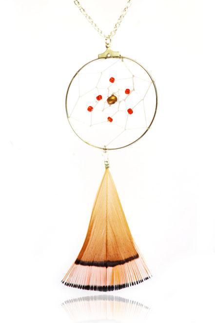 sautoir attrape rêve, collier long dreamcatcher, bijoux capteur de rêve, sarayana, bijoux fait main, plume de faison, collier plumes, style amérindien, ethnique chic
