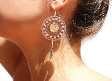 bijoux créateur, bijou fait main, bijoux cuir, créateur de bijoux, créatrice bijou, boucles d'oreille cuir, bijoux corail, boucles d'oreille corail, boucles d'oreille créôle, boucles d'oreille argent, bijoux plume, plume argent, sarayana