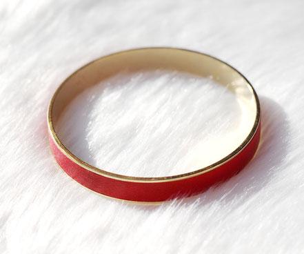 bracelet été, bracelet plaqué or, bracelet manchette, bracelet bangle, bracelet cuir rouge, bijoux de créateur
