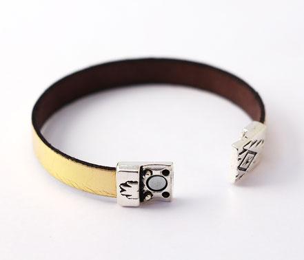 bracelet cuir doré, bracelet lanière de cuir or, bracelet cuir fermoir aimanté, bracelet de soirée, bracelet moderne, bracelet de créateur