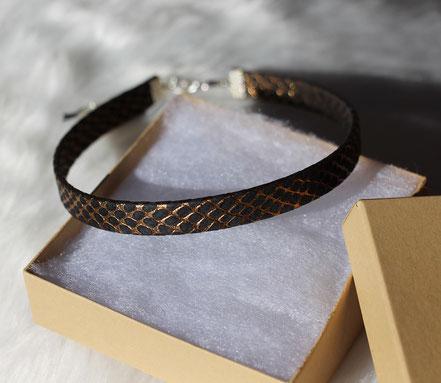 collier tour de cou noir et or, tour de cou cuir, collier cuir, choker necklace, collier de soirée